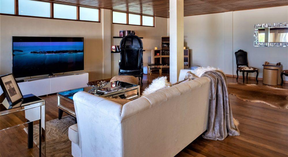 12 Huvafen Fushi Cube Ground Floor Living Area