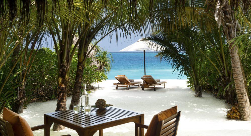 2 Huvafen Fushi Beach Bungalow with Pool Deck Terrace
