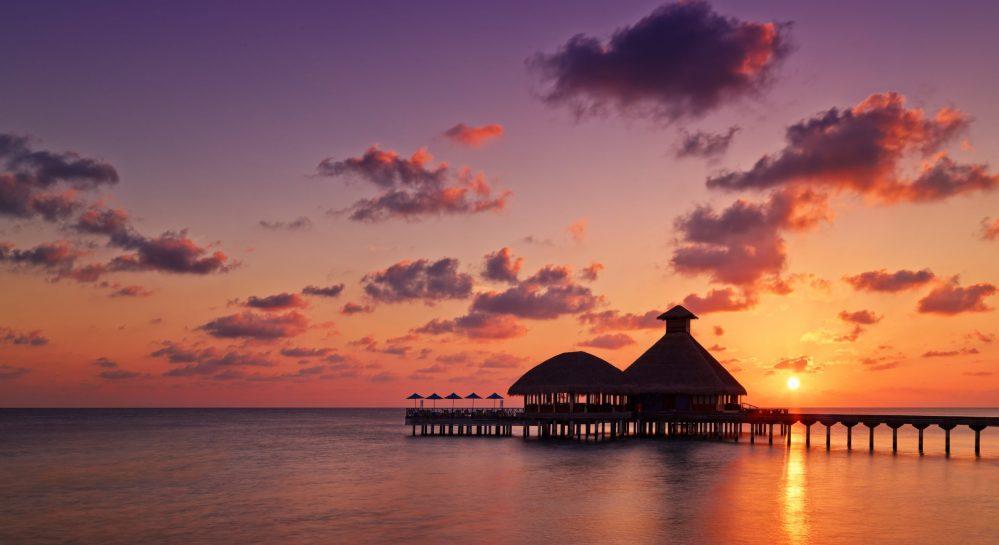 4 Huvafen Fushi Feeling Koi Sunset