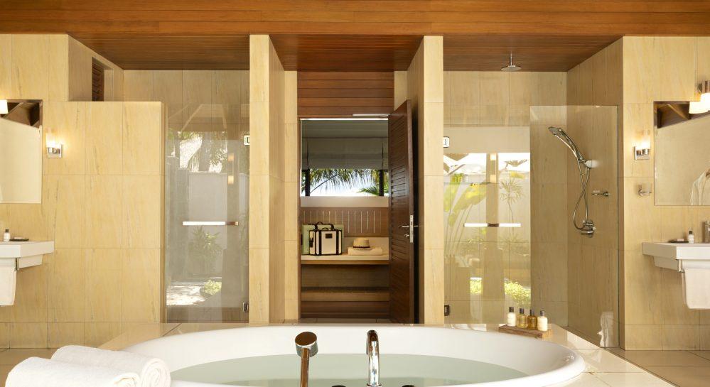 6 Huvafen Fushi Beach Bungalow with Pool Outdoor Bathroom