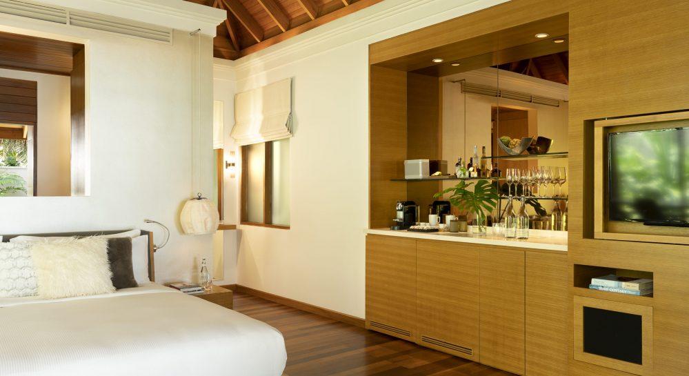 7 Huvafen Fushi Beach Bungalow with Pool Bedroom.