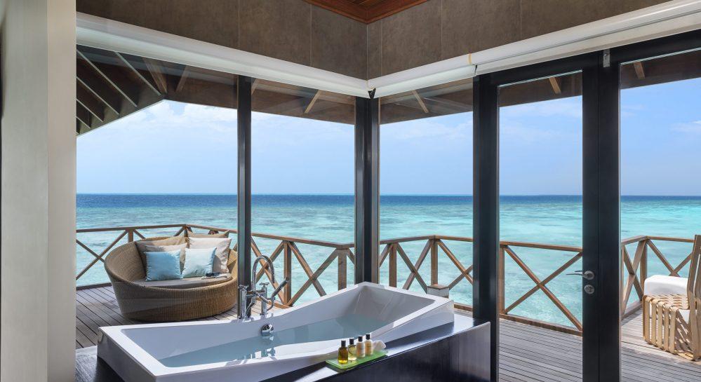 7 Huvafen Fushi Two Bedroom Ocean Pavilion Second Bathroom