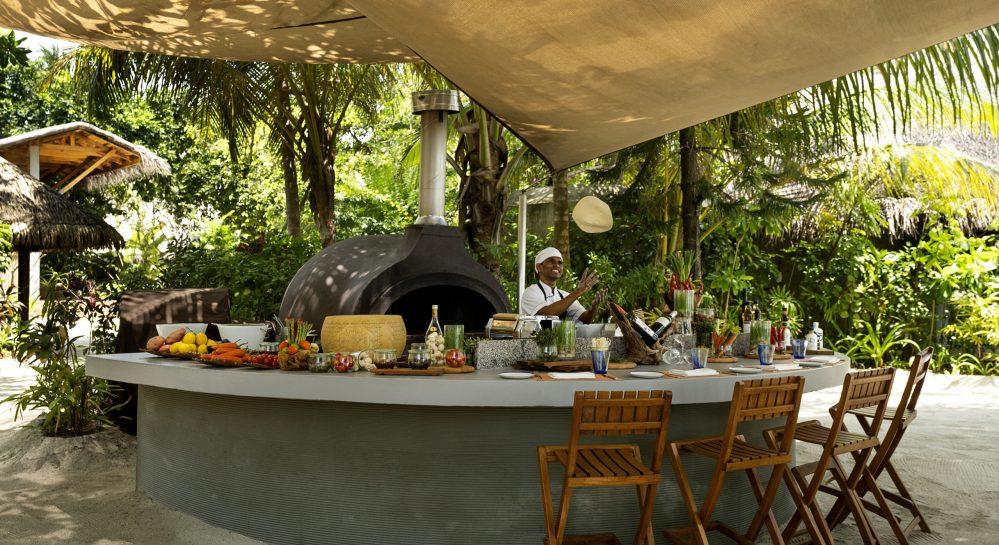 Huvafen Fushi Forno Restaurant Outdoor Chefs Counter
