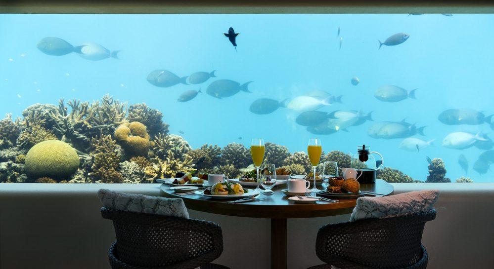 Huvafen Fushi Underwater Breakfast 2