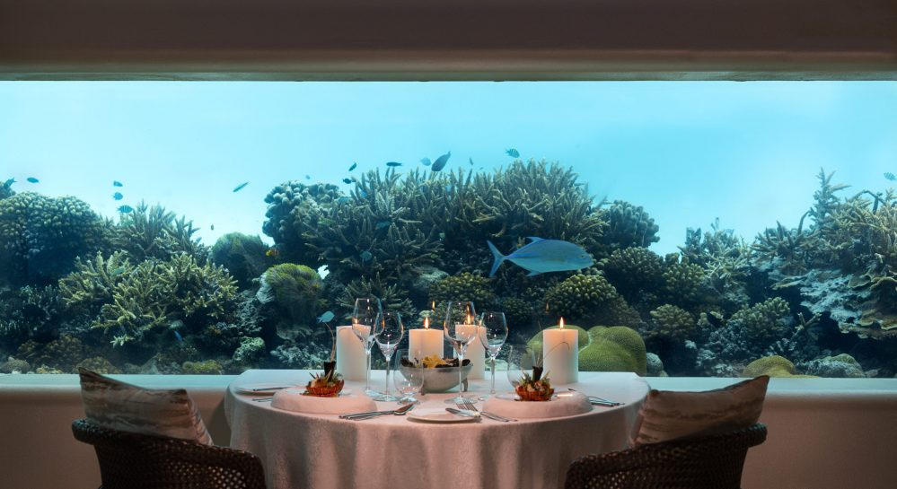 Huvafen Fushi Underwater Dining 7